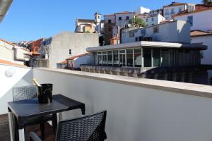 A balcony or terrace at University View Loft