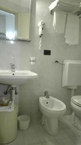 Ванная комната в Hotel Miramare