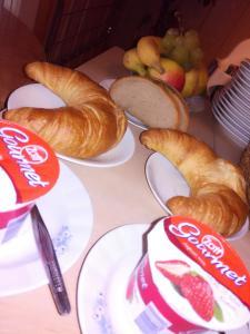 Frühstücksoptionen für Gäste der Unterkunft Pension Behnisch
