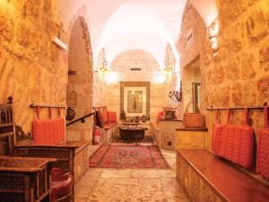The lobby or reception area at Gloria Hotel
