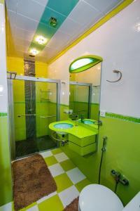 Um banheiro em Apartment With Sauna 4 Bedrooms