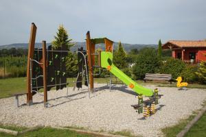Детская игровая зона в Vacancéole - Résidence le Domaine du Lac
