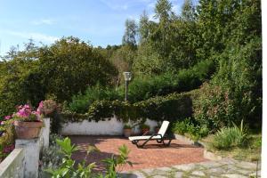 A garden outside Estudio a 5 min Guggenheim