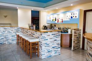 The lounge or bar area at Kyra Panagia ApartHotel