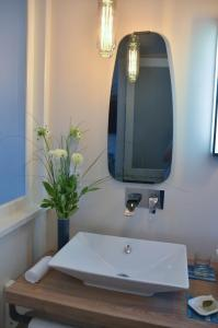 Salle de bains dans l'établissement La Maison de Gabrielle