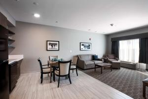 A seating area at Best Western Plus West Lawrence