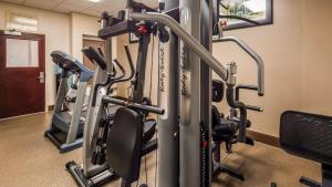 The fitness center and/or fitness facilities at Best Western Riverview Inn & Suites