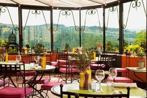 Restaurant ou autre lieu de restauration dans l'établissement Boutique Hotel - Hostellerie Berard et Spa