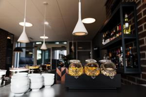 A restaurant or other place to eat at B&B Hotel Antwerpen Zuid