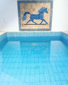 The swimming pool at or near Riad Marokko Hautnah
