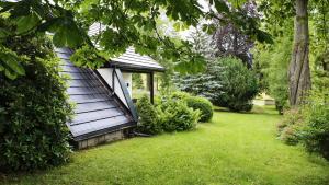 Ein Garten an der Unterkunft Ferienhaus Drebach