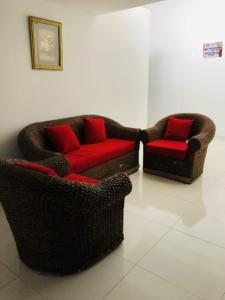 A seating area at Hotel Center Plaza Plus