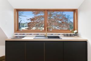 A kitchen or kitchenette at Britten Stables Observatory