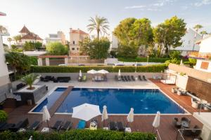 Vista de la piscina de Ibersol Antemare -Adults Only- o alrededores
