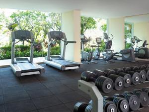 Het fitnesscentrum en/of fitnessfaciliteiten van Shangri-La Golden Sands, Penang