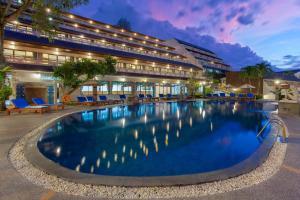Swimmingpoolen hos eller tæt på Orchidacea Resort - SHA Plus