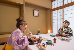Children staying at Hotel Kurobe