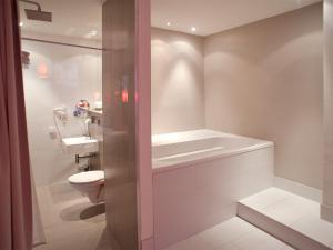 Ванная комната в Hotel PurPur
