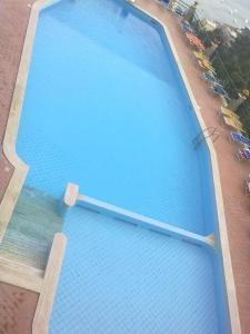 Vista sulla piscina di Casa Angelica Positano o su una piscina nei dintorni