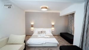 Hotel Írisz房間的床
