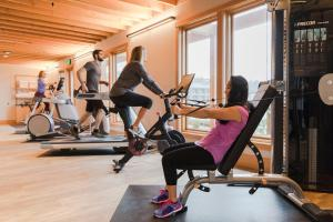 The fitness center and/or fitness facilities at Headlands Coastal Lodge & Spa