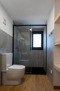 A bathroom at Cabañas de Canide