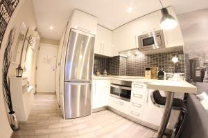 Una cocina o zona de cocina en Lovely Studio New York Design