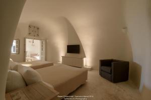 TV tai viihdekeskus majoituspaikassa Kapari Natural Resort