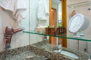 A bathroom at Premier Residence