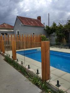 The swimming pool at or near Happy Wanderer Motel Bendigo