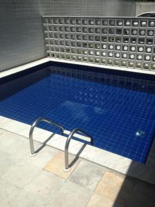 The swimming pool at or close to Edu Bairro dos Aflitos