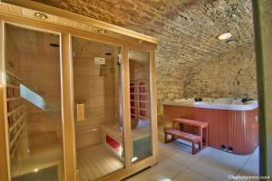 Spa and/or other wellness facilities at Les Bouc'tins