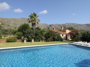 Piscina en o cerca de Luxurious Mansion with Private Pool in Pollenca Majorca