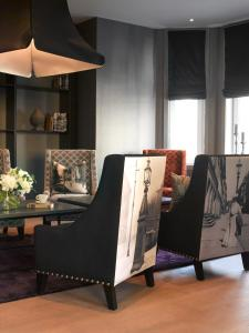Ein Sitzbereich in der Unterkunft Saga Hotel Oslo; BW Premier Collection