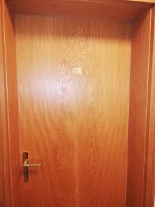 A bathroom at Les NIS