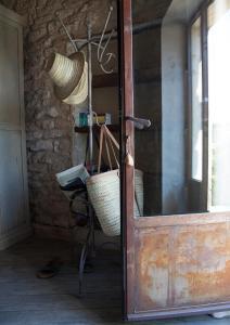 Salle de bains dans l'établissement Domaine Les Martins - Gordes