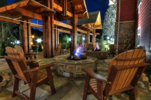 A restaurant or other place to eat at The Appy Lodge