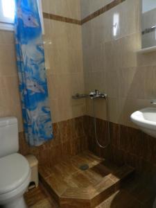 A bathroom at Aggelos Studios