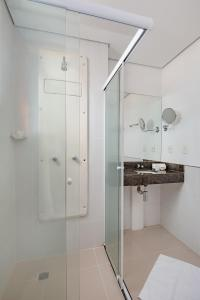 A bathroom at Space Residence