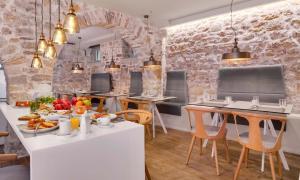 Εστιατόριο ή άλλο μέρος για φαγητό στο Hotel Boulgari