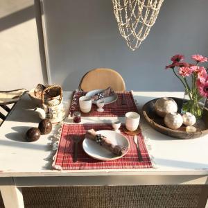 Breakfast options available to guests at De Pelgrimsplaats