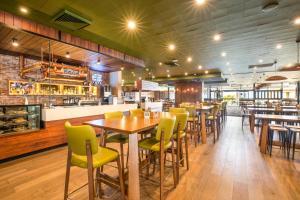 Ресторан / где поесть в Nightcap at Sandringham Hotel