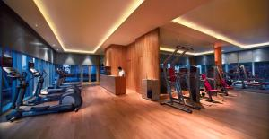 The fitness center and/or fitness facilities at Carlton Hotel Singapore (SG Clean)