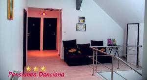 A seating area at Pension Daciana