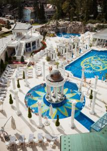 A view of the pool at Aphrodite Palace or nearby