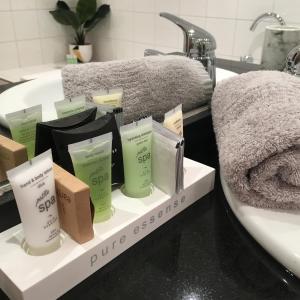 A bathroom at Alpenhorn Holiday Units