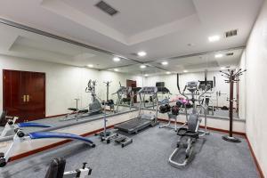 Gimnasio o instalaciones de fitness de Renion Residence Hotel