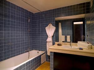 حمام في Hotel Asmaa