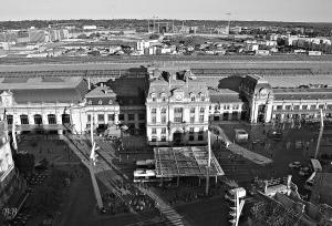 Vue panoramique sur l'établissement B&B Hôtel Bordeaux Centre Gare Saint-Jean