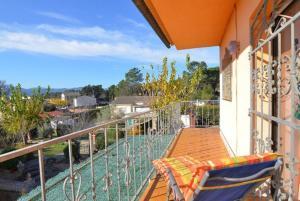 A balcony or terrace at Vallcanera Villa Sleeps 5 Pool